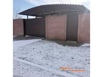 Откатные ворота из профнастила 4000*2100 с отдельно стоящей калиткой